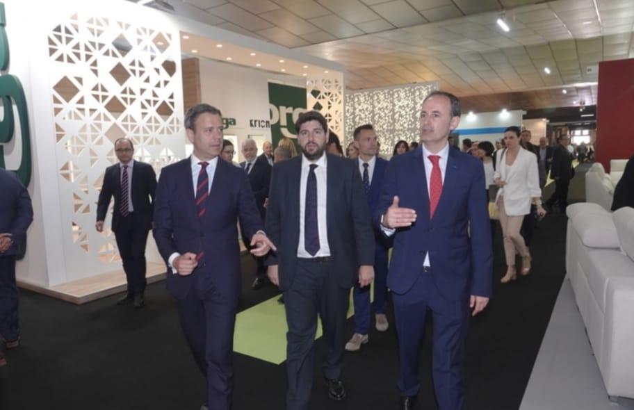La Feria del Mueble de Yecla arranca en positivo